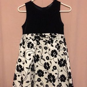 Girl's Dress - GEORGE (Size 10)